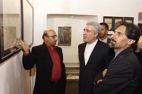 مونسان وارد سمنان شد، بازدید رئیس سازمان میراث فرهنگی از باغ موزه امیر