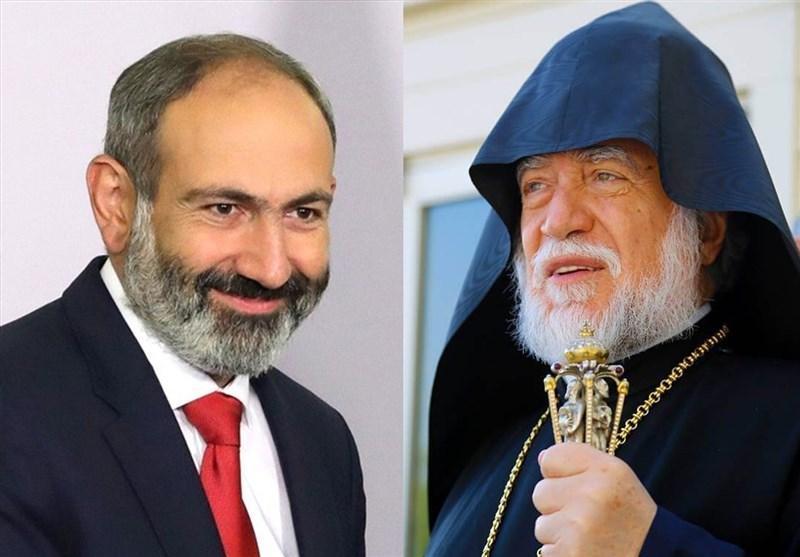 کارشناس آذری: پیشوای ارامنه دنیا پاشینیان را به سمت جنگ با آذربایجان سوق می دهد