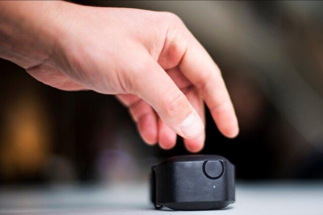 پیش بینی رفتارهای تهاجمی افراد مبتلا به اوتیسم با یک مچ بند