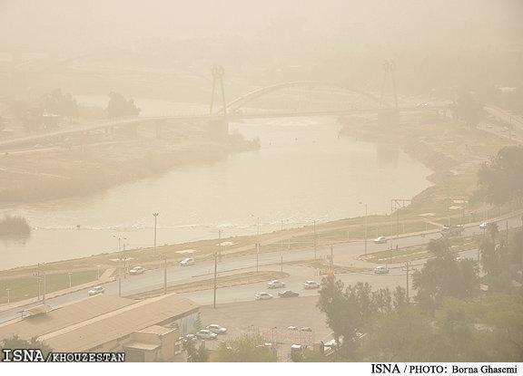 گرد و خاک در خوزستان و سیستان و بلوچستان