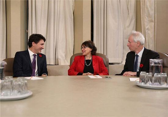 دیدار نخست وزیر کانادا با هما هودفر