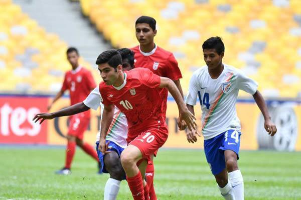 تیم فوتبال نوجوانان ایران حذف شد، یک ستاره از فدراسیون کم شد!