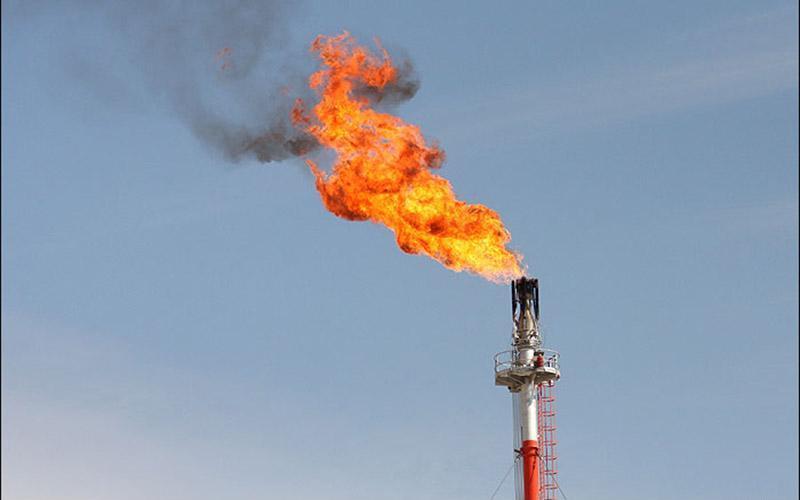امضای تفاهم نامه با ایتالیا برای تبدیل گاز مشعل ها به برق