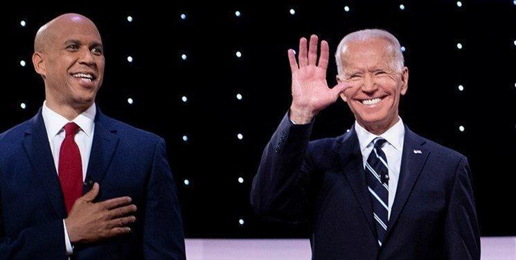 ادامه صف کشی دموکرات ها علیه سندرز