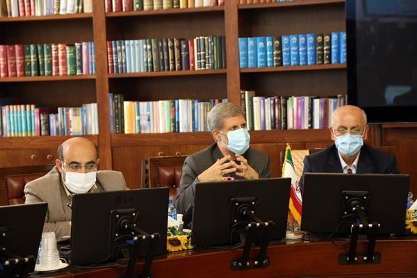 خبرنگاران امیر حاتمی در کمیسیون صنایع مجلس حضور یافت