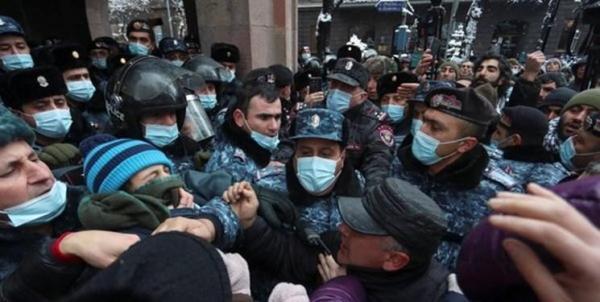 گسترش اعتراضات علیه پاشینیان به مقابل مجلس و اقامتگاه ریاست جمهوری