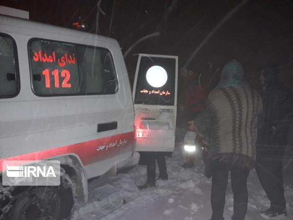 خبرنگاران 118 نفر گرفتار در برف و کولاک خراسان رضوی امدادرسانی شدند