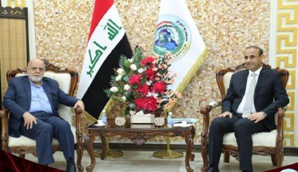 خبرنگاران سفیر ایران با وزیر کار عراق در مورد توسعه روابط گفت وگو کرد