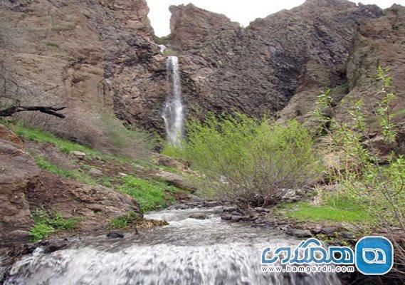 آبشار شله بن طالقان؛ دیدنی حیرت آور در بطن استان البرز