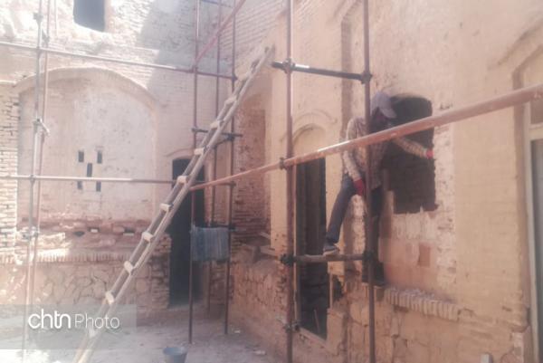 بازسازی ساختمان: شروع فاز تازه بازسازی خانه تاریخی سوخکیان داراب